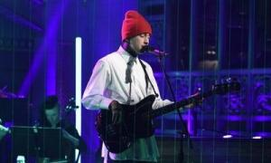 video-twenty-one-pilots-performs-suicide-squad-soundtrack-on-snl